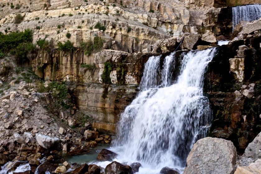 Afqa Wasserfall Grotte